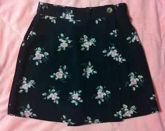 90s Vintage Floral Skirt, Black Floral Skirt, Vintage Floral Skirt, Floral Skort, 90s Floral Skort, Black Skirt, Black Floral Mini Skort