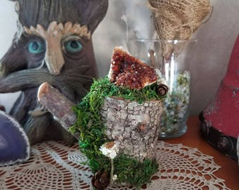 Drusy Citrine Stump with natural moss and dried flowers // crystal decor // rustic home decor // earthy decor // stone decor