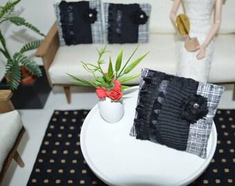 Pillows_1/6 scale_modern_ mid-century__Barbie size_Blythe_Momoko_Pullip_BJD_Fashion Royalty_doll furniture accessory_miniature home decor