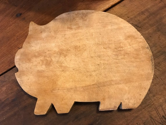 Vintage solid Farmhouse Wood Pig Cutting Board for layering