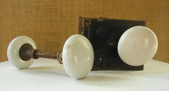 3 ANTIQUE PORCELAIN Rustic Door Knobs Double Door Knob And Single ...
