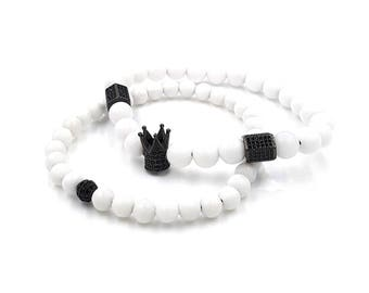 Set of 2 beads bracelets with crown and pillars