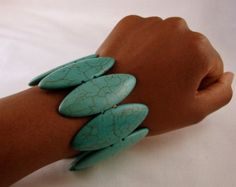 Synthetic Turquoise Stretch Bracelet