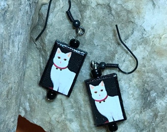 Cat Earrings Cat Dangle Earrings Cat Charm Earrings Cat Lover Earrings White Cat Earrings Cat Charm Dangles Pet Lover Dangles