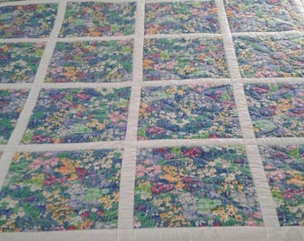 Picket Fence with Flowers Quilt