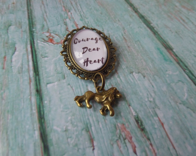 NARNIA inspired Courage Dear Heart Antique Bronze Pin Brooch with Aslan Lion charm attached fan gift jewellery