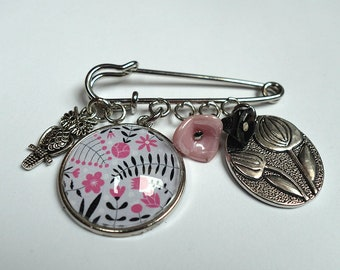Brooch, Pink flowers