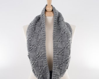 Chunky Knit Infinity Scarf, Gray, Lace Squares Design, Pure New Wool, Men or Women - 127