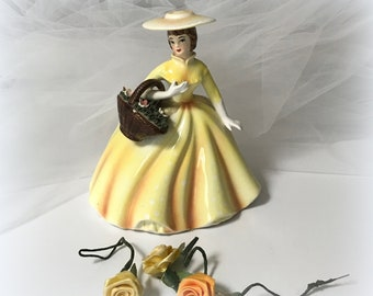 50s LEFTON Figurine Planter - Gone with the Wind - Lady in Yellow with Flower Basket - Sweet - Made in JAPAN