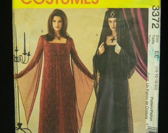 Gothic, Renaissance Dress Costume Pattern McCall's 3372 Sizes 14, 16, 18, 20