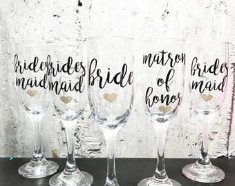 1 Bride and Bridesmaids champagne glasses, Personalized Maid of honor and Bride flutes, bridesmaid flutes