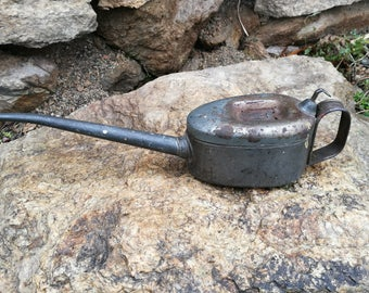 Antique Vintage Metal Pump Oiler Oil CANS /Oil can / Vintage oil can / Oil pump / Vintage oiler / Old oil cans / Motor oil/ Vintage oil cans
