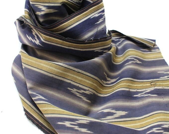 Japanese Vintage Kasuri Ikat. Woven Indigo Cotton Boro Scrap. Traditional Folk Fabric. (Ref: 1881)