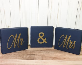 Mr and Mrs wooden blocks for wedding decor and centerpieces, choose your colors!!
