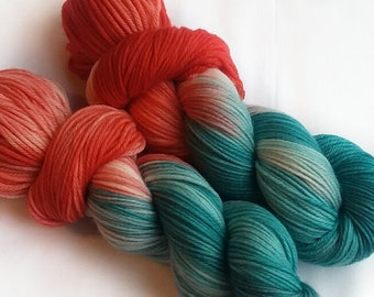 Hand dyed yarn, Winter rose, 100% super wash merino wool yarn, dk weight yarn, varigated yarn