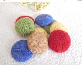 CLEARANCE - 9 cashmere  fabric covered buttons, size 60, 1.5 inches
