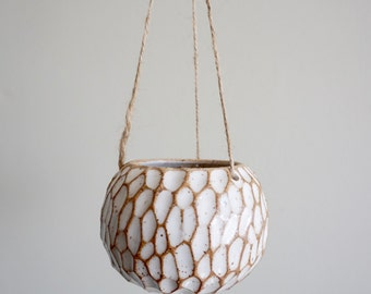 Namu 1 Small Hanging Planter - Speckled White.