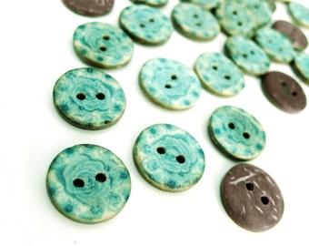 6 Coconut Shell Buttons 15mm - Aqua Blue Pattern (BC700)