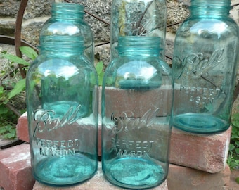 5 Blue mason jar ball perfect  jar  antique Wedding Mason Large ( 1/2 gallon )   2 quart size   5 Jars