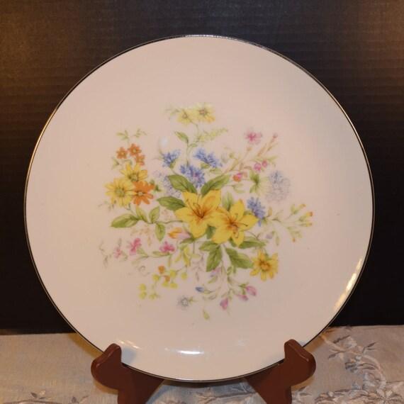 Gildhar Spring Bouquet Dinner Plate Vintage Spring Dinner Plate Fine Porcelain China 6199 Pattern Holiday Dinnerware Easter Dinner Plate