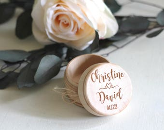 Ring Box   Wooden Ring Bearer Box with Names   Wedding Gift   Personalized Engraved Ring Holder   Shabby Ring Box with Burlap