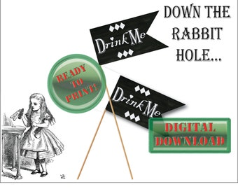 Drink Me Flags Printable 5 Chalkboard Style Alice in Wonderland Mother Daughter Tea Party Favor Decoration / Black White Harlequin Heart Tag