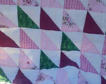 Baby girl quilt, hst quilt, pink and white quilt, stroller quilt, girl's play mat, pink and white nursery, toddler girl quilt, crib bedding