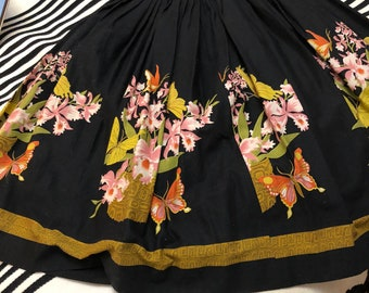 GORGEOUS 1950s Summer Cotton Black with Pink Flowers Swing Dress