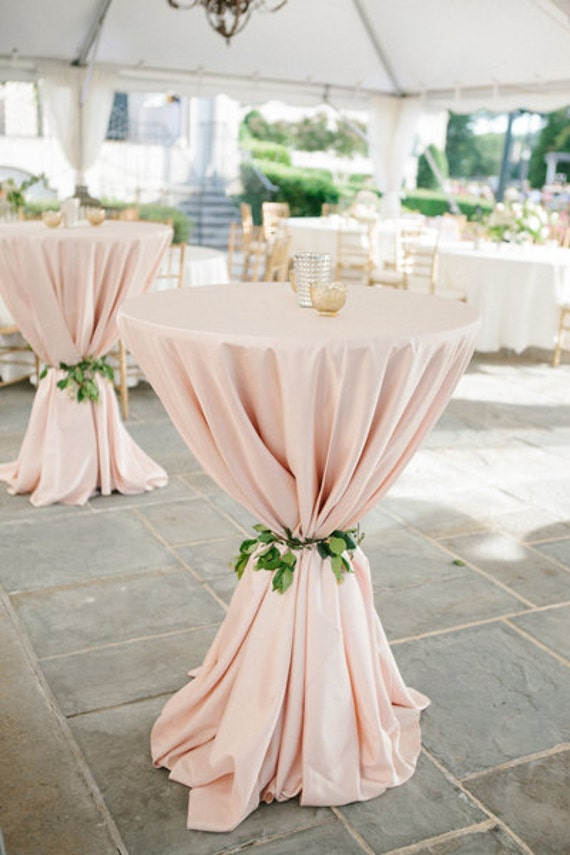 Blush Tablecloth Cocktail table 120 Round