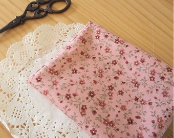 Cotton Fabric Vintage Mini Flowers - Pink - By the Yard 48909
