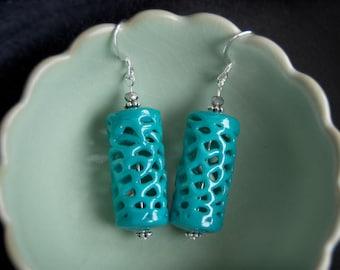 Turquoise glass lantern earrings Vintage spun glass dangle Aqua blue lace glass earrings Unique vintage turquoise earrings Teal glass lace
