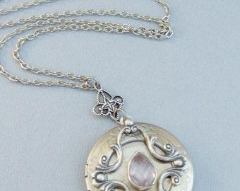 Pink Amethyst,Purple Locket,Antique Locket,Silver Locket,Pink Locket,Pink Amethyst Necklace,Gemstone Locket,Gemstone Necklace,Genuine