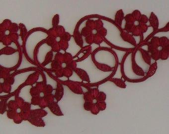1 of 26 cm X 9 cm Burgundy Venice guipure lace appliques