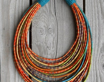 Collier de fil gainé citrouille / tribal / hippie / Bohème / automne / fil gainé