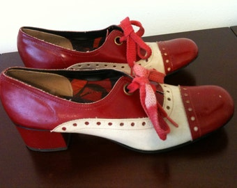 Vintage Red Dolly Spectator Oxfords, Low Heel, Red & White, Lace Up, Mod!