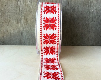 5 Yard Spool Scandinavian Snowflake Wired Ribbon Red on Ivory Winter Gift Wrap Scandi Style