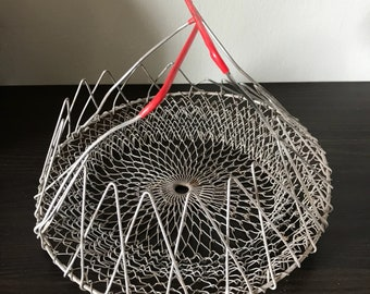 Collapsable basket, wire basket