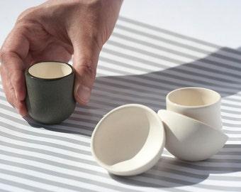 Barware Shots Glasses, White Porcelain Barware, Liquor Glasses, White Ceramic Shots, Black Barware Shots, Shot Set, Ceramic Glasses, Cups