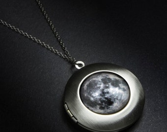 Moon Outer Space Galaxy Locket - Lunar Phases Pendant Necklace - Astronomy Wedding - Unique Science Gift - Solar System - Silver or Bronze