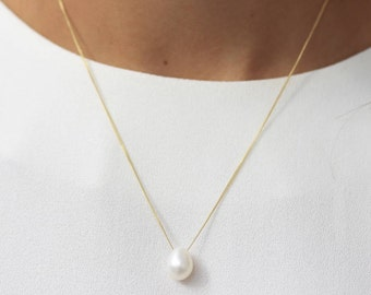 White Teardrop Pearl Necklace