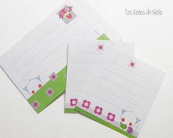 4 x kawaii envelopes and matching their paper.