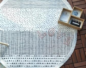 Play Mat, Floor Rug Nursery Decor, Padded play mat, Round rug/ Christmas gift