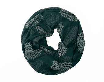 INFINITY SCARF - Gray Double Flowers on Emerald