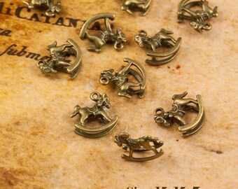 2,5 or 10 Pieces Antique Vintage Style Bronze Rocking Hore Charms Pendant 030