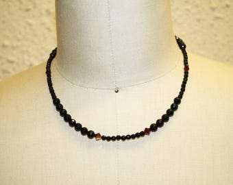 Vintage Style 50's beaded necklace - Onxy + Plated Silver