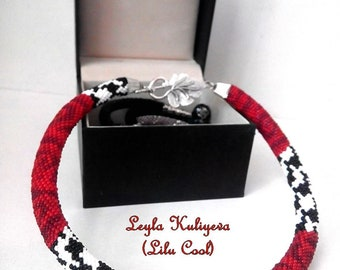 """Bead crochet necklace """"Dolce"""""""