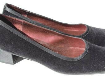 Vintage Nina Velvet and Satin Black  Square Toe Size 8 1/2 Satin Pump Heels