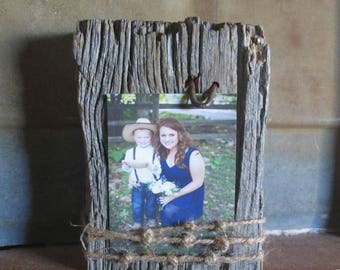 Rustic Picture Frame, Rustic Frame, Weathered Wood Frame, Wooden Block Picture Frame, Rustic Decor, Cabin Decor, Fixer Upper Decor