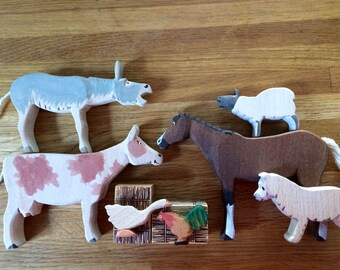 Classic Barnyard Animals Wooden Toy