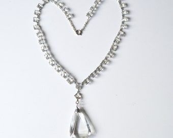 Art Deco Clear Crystals Riveire Necklace Square Open Back Faceted Stones Large Centre Tear Drop in Silver Tone Chain Settings circa 1920s